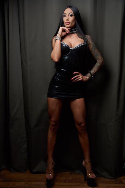 Carrie Nelson - Escort Girl from League City Texas