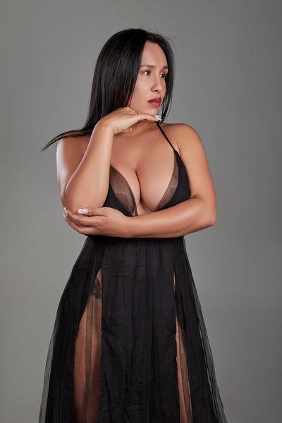 Aisha Young - Escort Girl from League City Texas